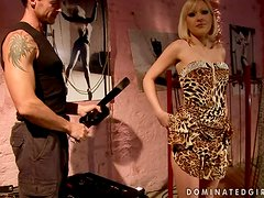 Isabell Cat Getting Spanked and Fucked in BDSM Clip