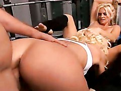 Cougar Rhyse Richardson and friend gets boned hard at the gym