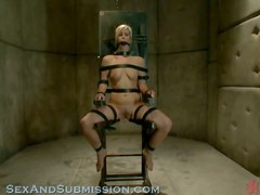Atada - A blonde gets tied up and roughly fucked by a wicked guy!