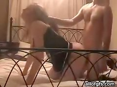 A guy pulls his girlfriend by the hair during sex