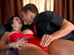Horny Mom Takes A Big Hard Cock Deep Inside Her Pussy