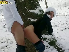 Amateur Hot Ass Slut Outdoor Doggystyle In snow