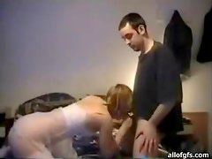 Very Sexy Amateur Sucks and Rides Her Man's Cock in Homemade Clip