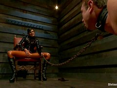 Horny Mistress Fucks Her Servant After Holding Him With A Leash