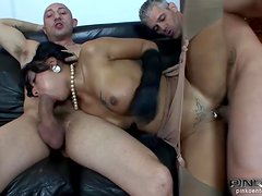 An Amazing Threesome For The Slutty Loona Luxv