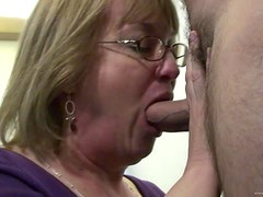 A Creamy Facial For A Kinky Mature Slut