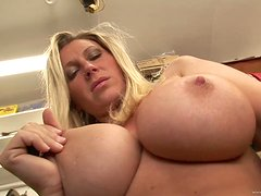 Devon Lee Is Pure Dynamite While Playing With Herself