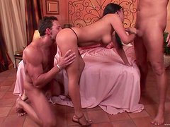 A Wild Threesome For An Insatiable Latina