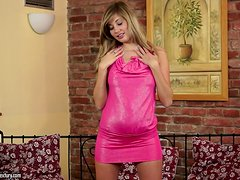 Candy Waist strokes her body and plays with her juicy snatch