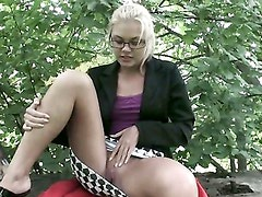 Amateur sex free in the park. Part 2