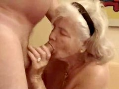 This old bitch is really horny. Amateur older