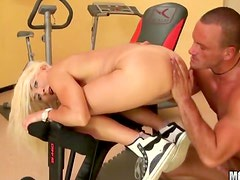 Anal hardcore in the gym