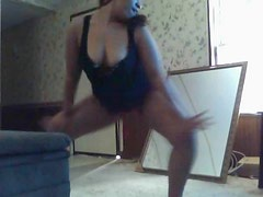BBW Dancing In Mirror