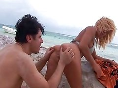 Anal on the beach with a blonde Britney