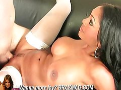 Black haired babe gets laid