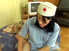 Dirty nurse Kimberly B sucks old patient's dick