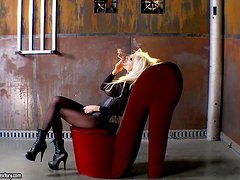 MILF Puma Swede Masturbates in Her Pantyhose Till a Surprising End