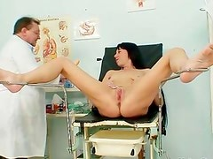 Horny housewife getting her old wet cunt