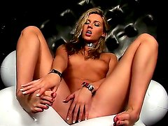 Smoking hot attractive blonde hottie Cherry Jul with great body figure in pantyhose and leather