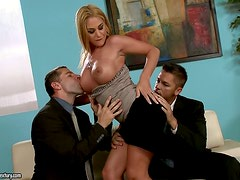 Cathy Heaven makes two dudes feel great about her