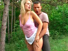 Steamy sex fun with naughty girlfriend in the forest