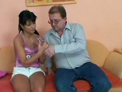 Perverse daddy gives tongue fuck to salty brunette milf