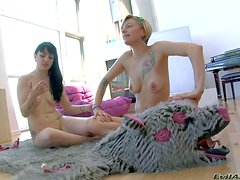 Blonde Adrianna Nicole and brunette Draven Star are totally naked