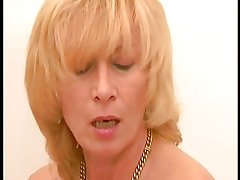 Blond German Mature R20