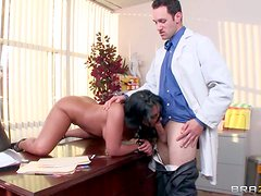 Nasty and arousing brunette secretary Bella Reese enjoys in getting