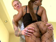 Bootyful ebony slut Madison twerks wearing fishnet pantyhose