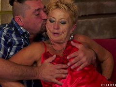 Horny Grandma Gets A Younger Guy To Satisfy Her Pussy Cravings!