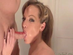 Playing With a Hot MILF Is Fun