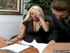 Lichelle Marie seduces her boss and fucks him in an office