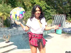 Nasty brunette honey Sienna West enjoys in playing with her