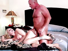 Delicious goddess Vanessa Cage finds herself blowing