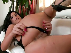 Madison Parker with small tities and shaved muff