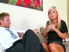Blonde lets guy stick his thick
