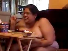 ALMA SMEGO BIG FAT NAKED DUMPY SLUT FOR LAUGHS