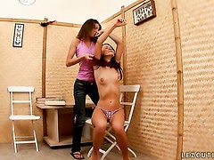 Brunette Nena gets tongue fucked by Ally