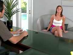 Madre - Slim horny blondie gets her tits measured to get a position in the office