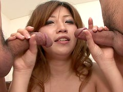Seductive Japanese harlow Misaki Aiba gives double blowjob