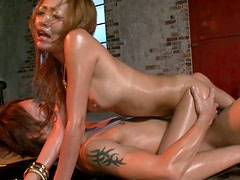 Mesmerizing Japanese hussy gets nailed in doggy style while giving blowjob