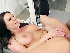 Hot brunette gets her pussy sucked by his boyfriend