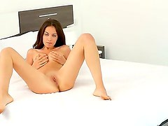Jackie O is a gorgeous babe who loves to
