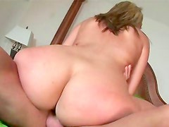 Big ass babe enjoys hardcore