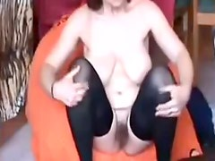 older play in livecam