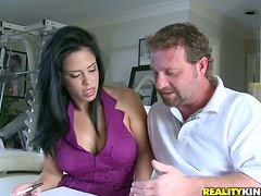 CAndy babe Branda Fox gifts him with her Latina pussy
