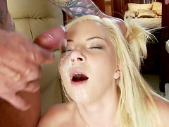 Messy blond whore gets fanalucked after giving double blowjob