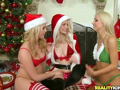 X-mass eve lesbian story with three angels