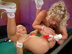 Luscious blond harlow gets her soaking twat drilled with dildo rabbit